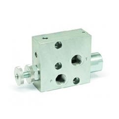 Hydraulic 3 port flow control valve excess to tank flangeable on donfoss motor, TYPE-RFP3 1/2  OMP/OMR bsp ports 1/2